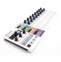 Arturia BeatStep Pro MIDI Controller / Sequencer