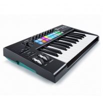Novation Launchkey 25 MK2 MIDI Keyboard / Controller