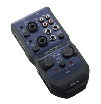 Zoom U-44 USB Audio Interface (iPad / Mac / PC)