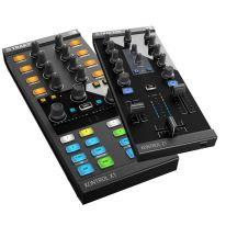Native Instruments Traktor Kontrol X1 MK2 + Z1 Bundle