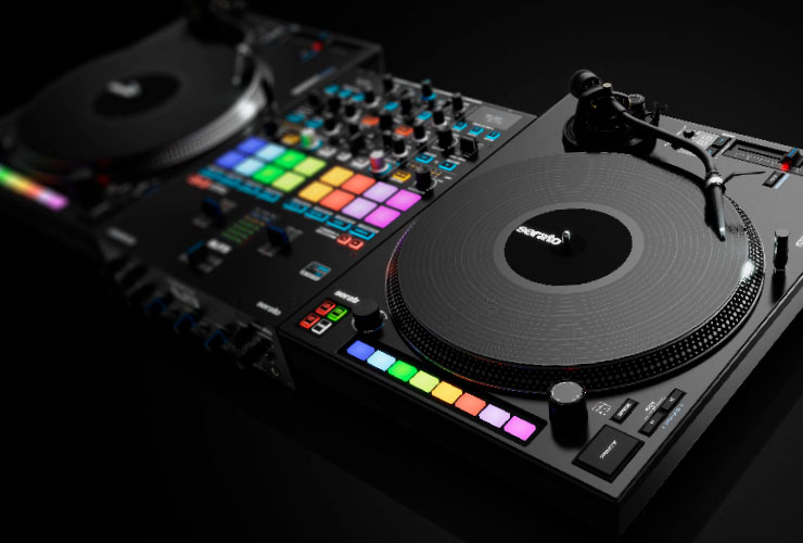 New: Reloop Elite DJ mixer and RP-8000 MK2 turntable